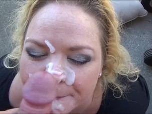 Mature Cougar Getting her Face..