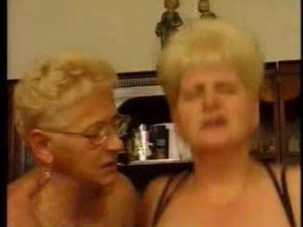 _german_grannies_have_nice_orgy..