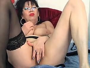 big boobs mature glasess