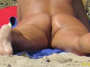 Nude Beach Voyeur Amateur -..