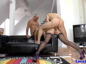 British milf doublepenetrated..