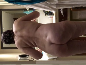 My mature natural nude butt in..