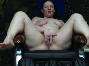 Mature milf masturbates in the..
