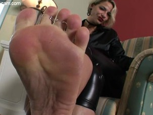 nicole sexiest feet
