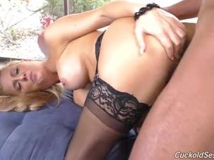 Cuckold Cherie DeVille