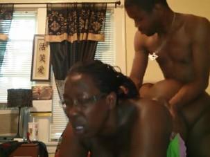 YOUNG GUY FUCKS BLACK BBW MATURE