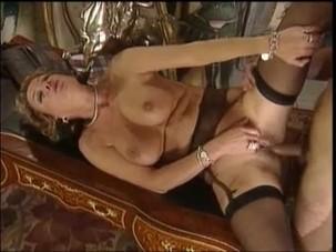 DIRTY SEXY MILFS 94 Spanish..