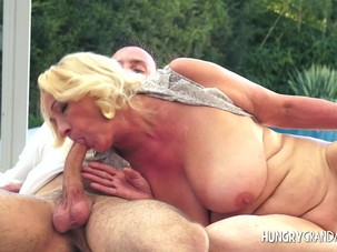 Curvy granny poolside fellatio