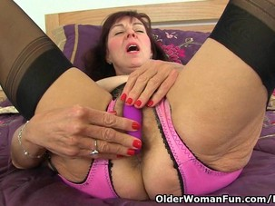 62 year old Georgie Nylons gets..